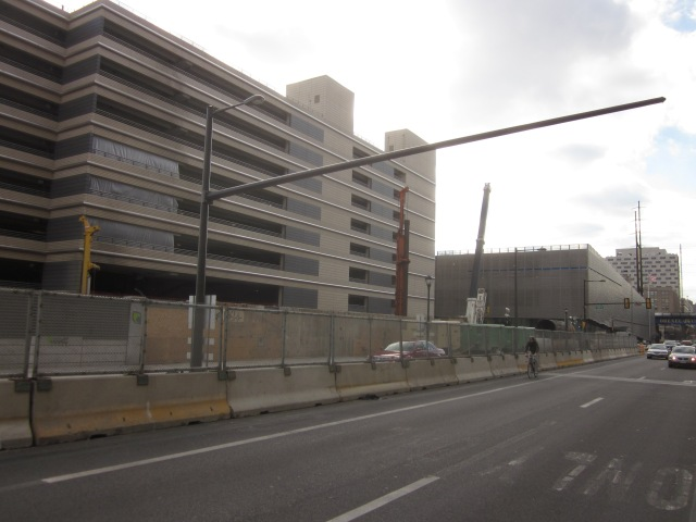 Construction site from the east, at Chestnut Street and Schuylkill Avenue