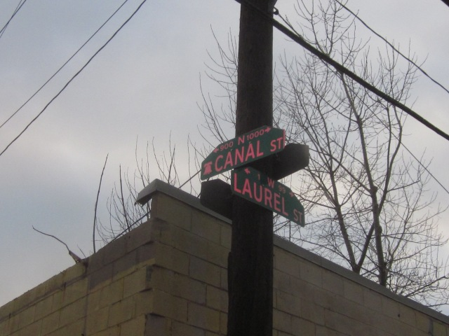 Sign at intersection of Canal Street and Laurel Avenue, a few dozen feet from Frankford Avenue