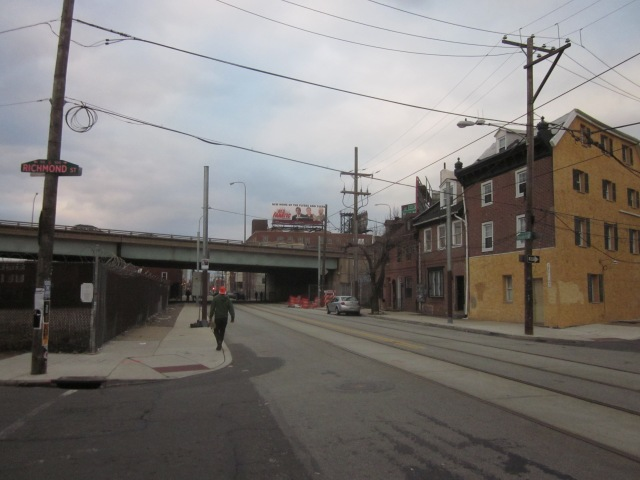 Looking west on Frankford Avenue from Richmond Street