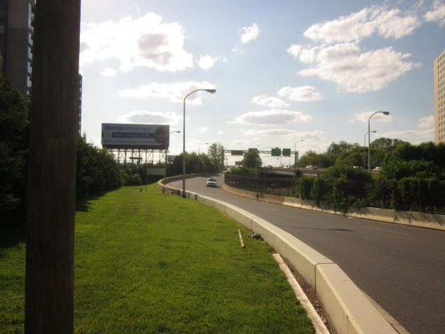 Ramp from Vine Street Expressway, leads into 23rd and Summer Streets