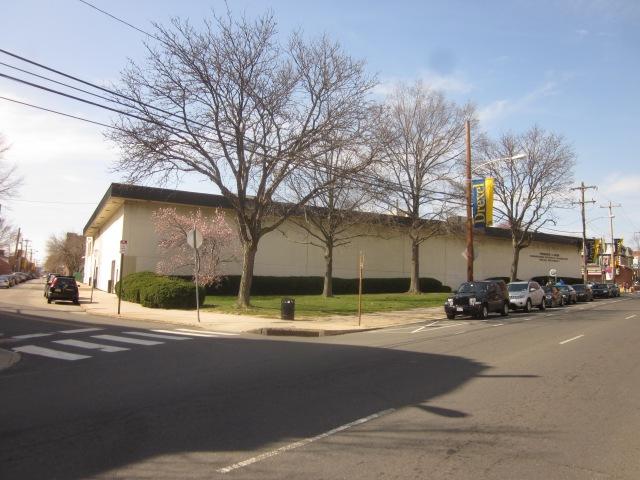 Hess Laboratory along 34th Street