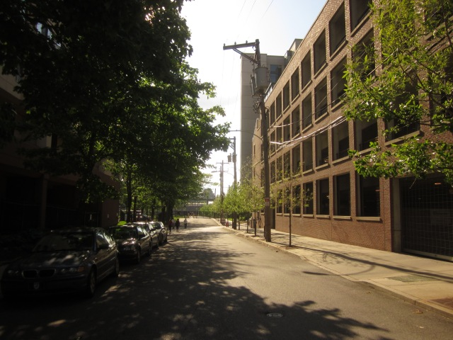 Looking west on Race Street, from 23rd Street, towards Schuylkill River Park and Schuylkill Banks trail