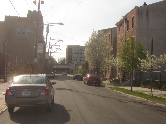 Looking west on Mt. Vernon Street, towards 600 N. Broad Street apartments