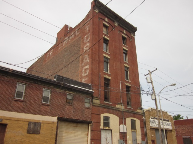 Another large vacant building, this time on Federal Street adjacent to 2408 Ellsworth