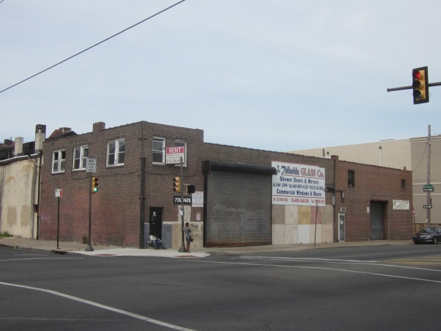 This vacant building, at 18th Street and Washington Avenue, may be replaced by a four-storey apartment building soon