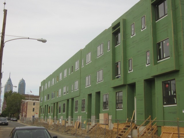 Carpenter Square under construction, at 17th Street and Washington Avenue
