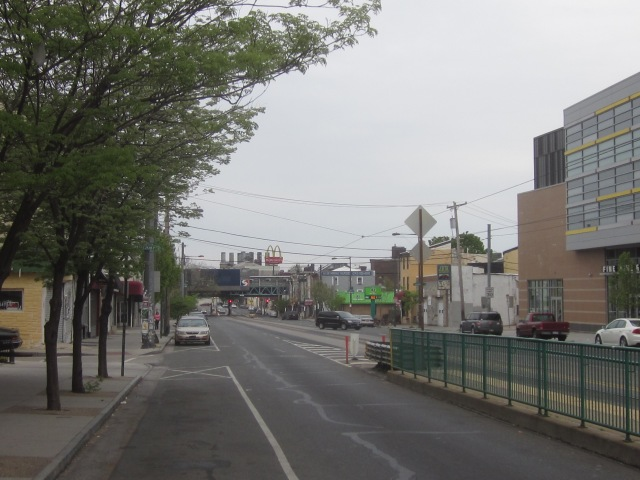 Looking east on Girard Avenue, from Second Street, towards Fishtown and the Market/Frankford El Station