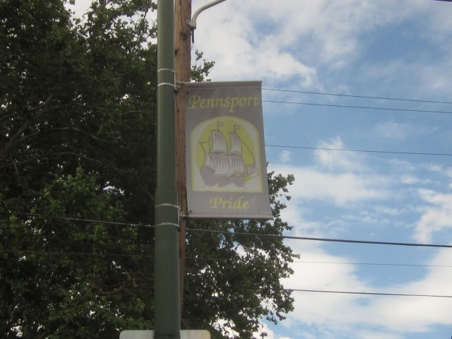 Pennsport banner on Moyamensing Avenue