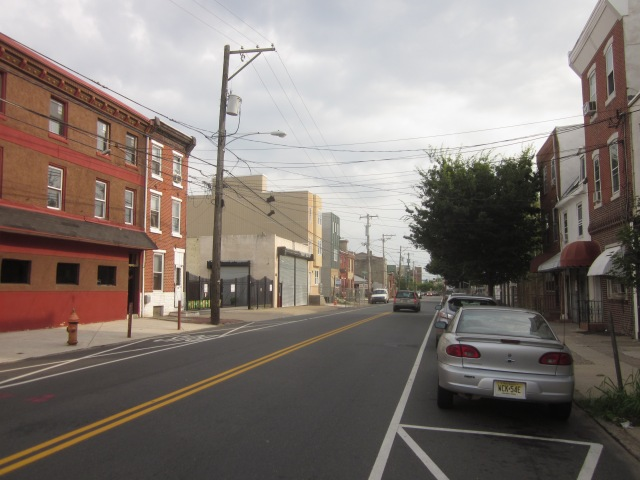 Looking south down Frankford Avenue