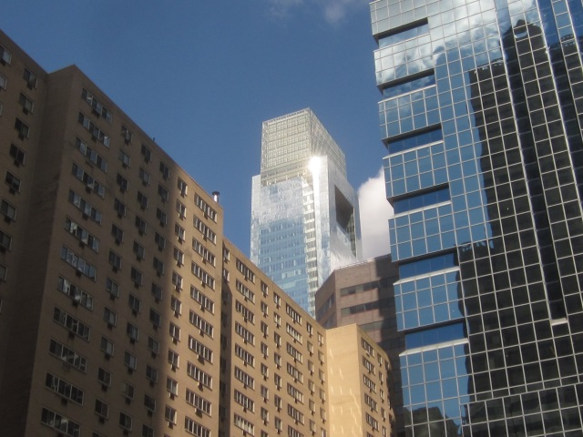 View of the Comcast Center from 1919 Market Street