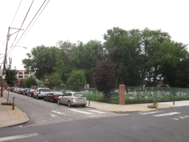Palmer Burial Ground in the middle of Fishtown