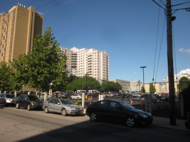 Future site of Museum Towers II, on 19th Street