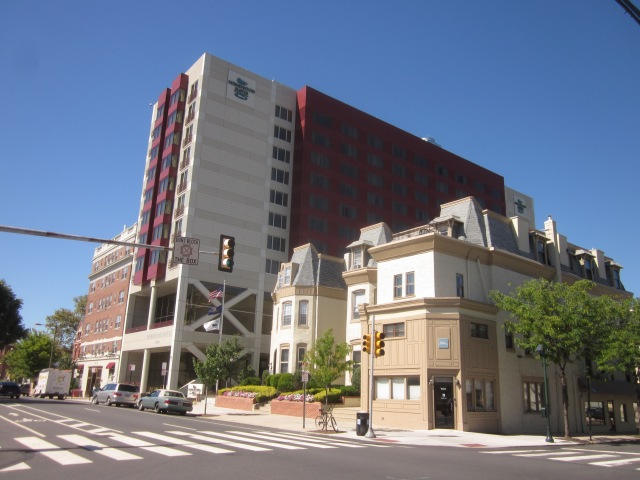 Hilton Homewood Suites, at 41st and Walnut Streets