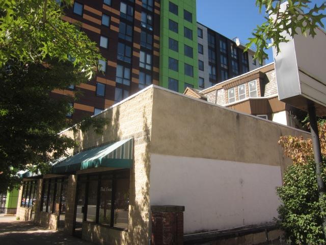 Former Thai Singha House restaurant building