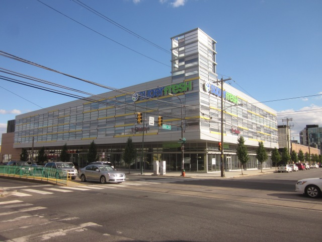 Fresh Grocer supermarket, at Second and Girard