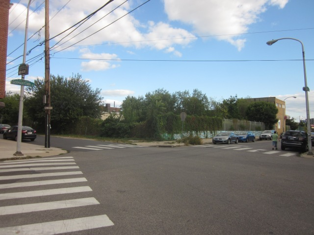 Empty lot at Germantown and Thompson Streets