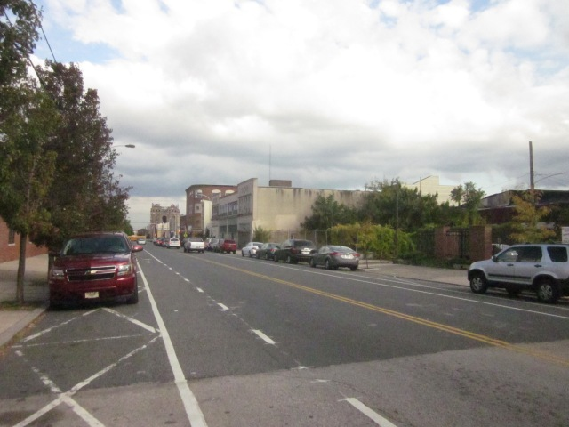 Looking east down Fairmount Avenue, from 18th Street