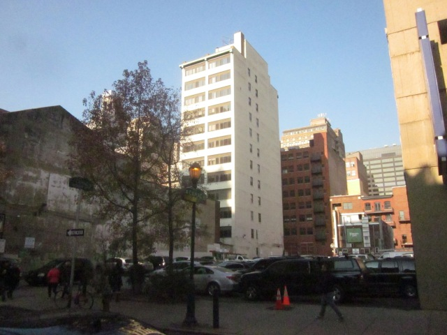 Future site of 1213 Walnut Street, a 26-storey apartment and hotel building