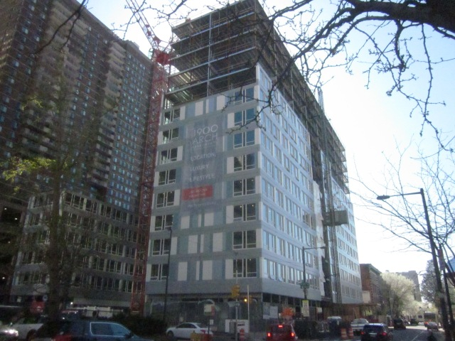 1900 Arch apartments are under construction, across 19th Street from the CITC
