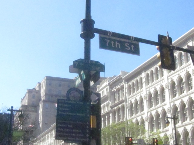 Street signs at 7th and Market Streets
