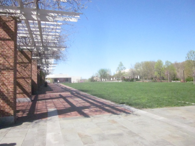 Looking towards the Constitution Center on Arch Street