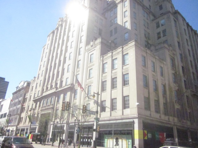 Former Strawbridge Department Store Building, at 8th and Market Streets, will have Century 21 and other retail and restaurants soon