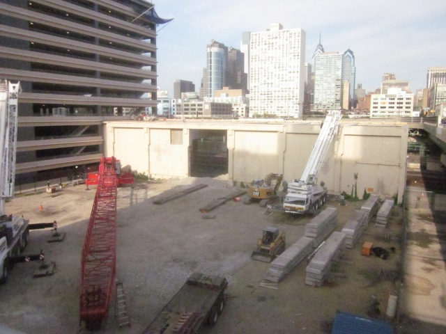 Construction from June 24 at the site of the future FMC Tower